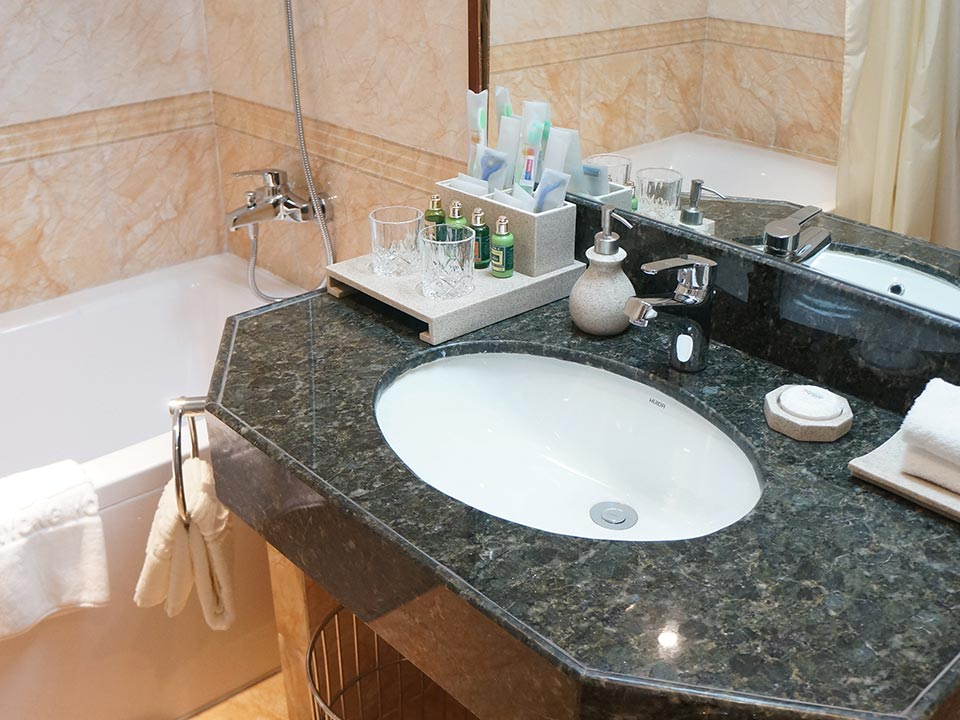 Double Tree Hotel In Naples Fl Countertops Amp More